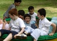 14-parco-sasso-marconi-nidondolo-gioco-disabili-bambini-adultii-giostra-socializzazione-piano-oscillante-allenamento-sport-leura