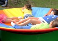 26-parco-giochi-tiggiano-nidondolo-giochi-accessibili-bambini-giostra-piano-oscillante-allenamento-sport-leura