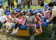 46-parchi-giochi-inclusivi-nidondolo-giochi-bambini-disabili-giostra-piano-oscillante-allenamento-sport-leura