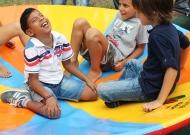 6-nidondolo-gioco-accessibile-bambini-disabili-giostra-parchi-piano-oscillante-allenamento-sport-leura