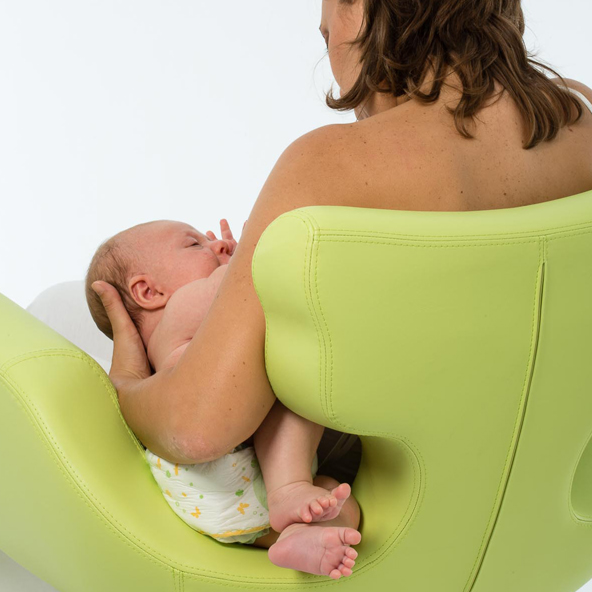 rooming-in-stanza-ospedale-allattamento-hospital-room-breastfeeding